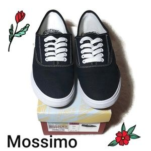 Mossimo lace up Sneakers color navy size 8.5